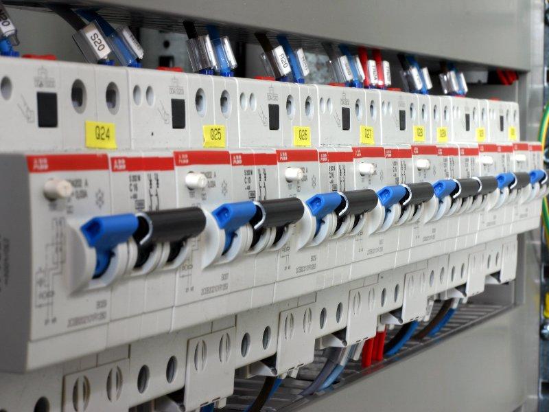 installazione-impianti-elettrici-morciano